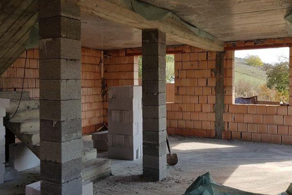 Casa noua in rosu de vanzare, Mures Sancraiu de Mures