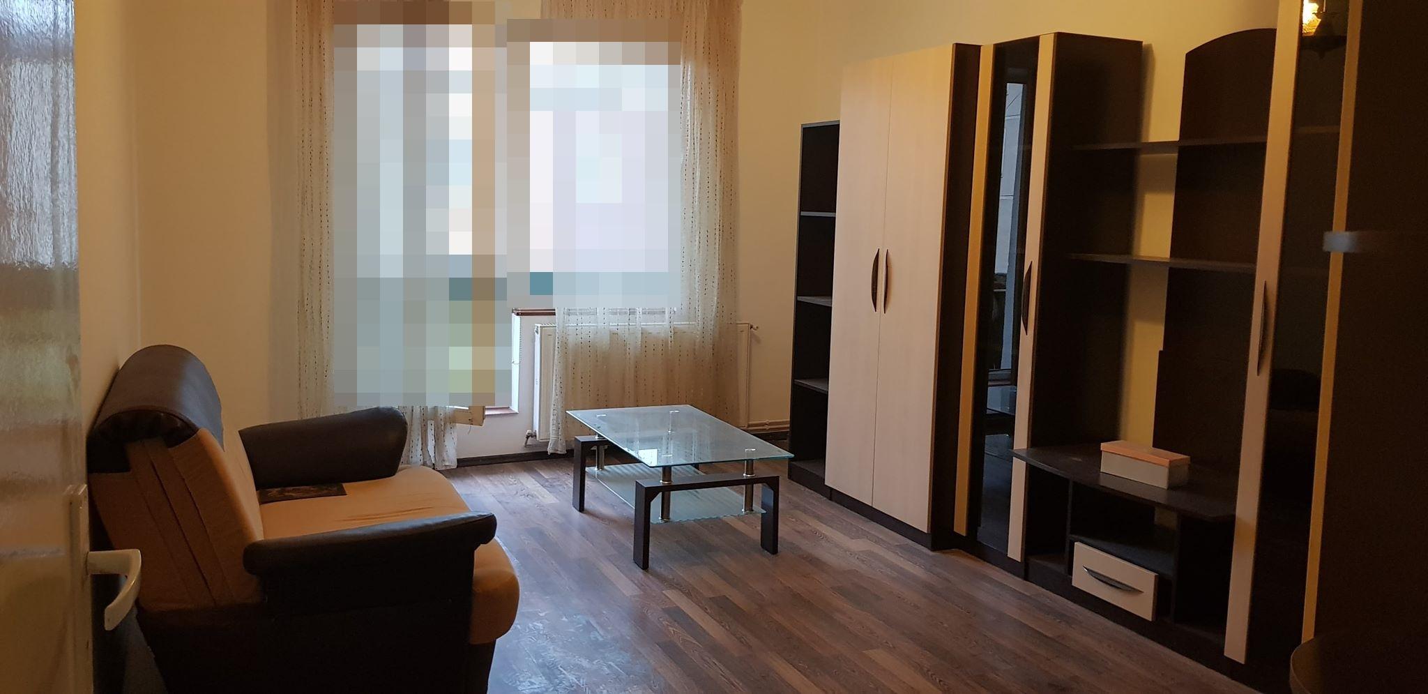 Apartament 2 camere decomandat de vanzare,Targu Mures cartierul 7 Noiembrie