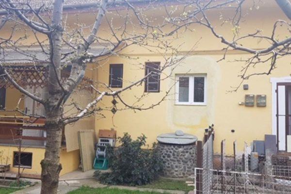 Casa singur in curte de vanzare, Targu Mures Zona Piata Armatei