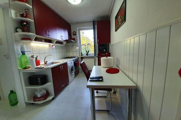 Apartament 3 camere decomandat de vanzare, Tg Mures Tudor Vechi Zona Super