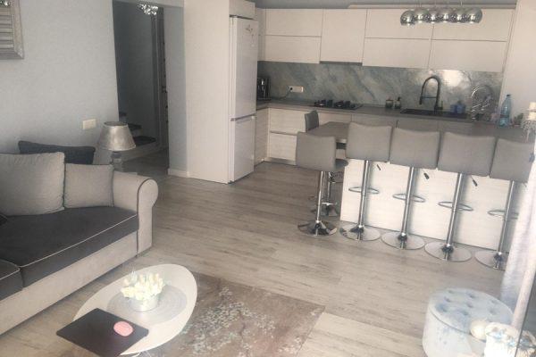 Apartament 3 camere tip penthouse de vanzare Unirii, Targu Mures Mures