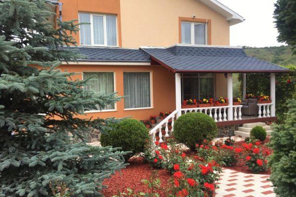 Casa lux pe doua nivele de vanzare Ivanesti, Mures