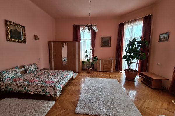 Casa 2 camere de vanzare Centru zona zero Targu Mures, Mures